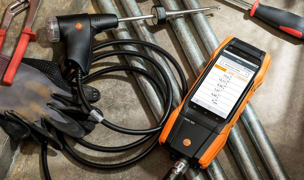 Testo 300 combustion analyzer  robust construction design