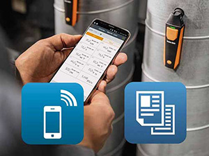 Testo Smart Probes app in use on a duct
